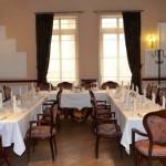 Заведение с българска кухня в Бургас   Ресторант Национал